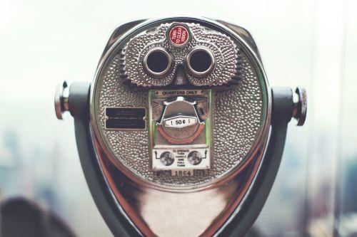looking glass binoculars