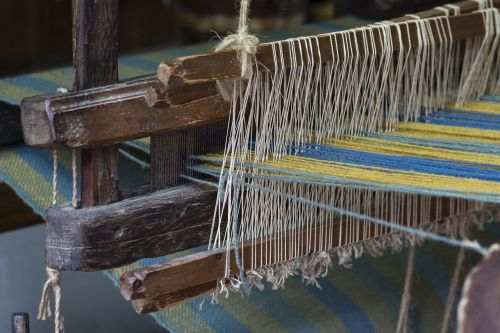 loom weaving middle ages
