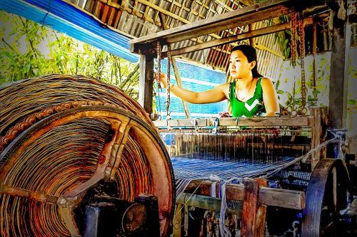 loom thread textile
