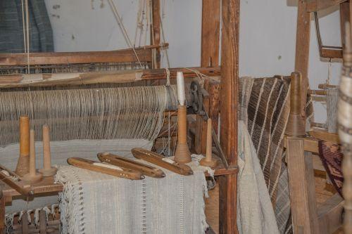 loom weave spider