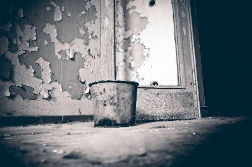 lost places bucket color