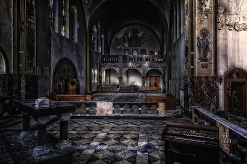 lost places  church  dom