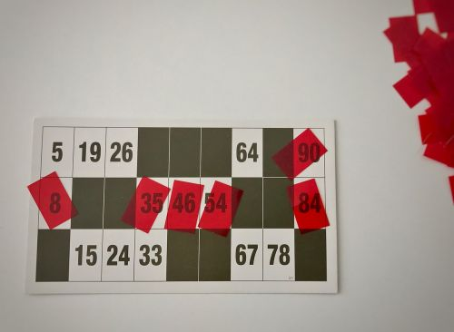 lotto red playing card
