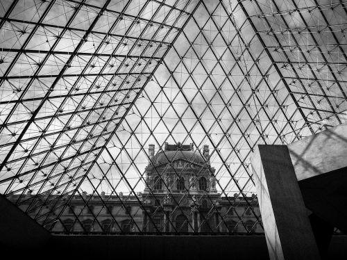 louvre museum louvre museum