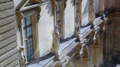 louvre paris sculptures