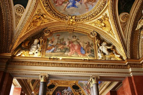 louvre museum decorated ceiling
