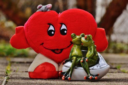 love pair kiss