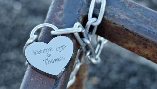 love padlock commitment