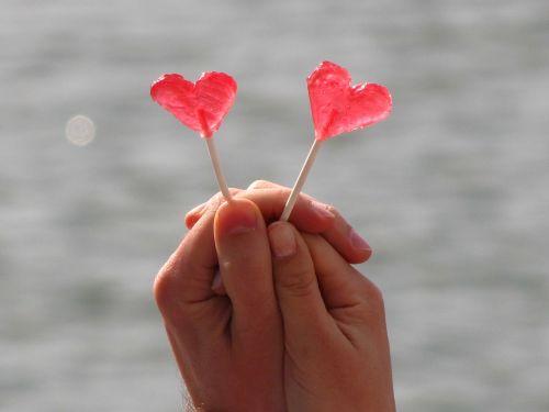 love heart contact