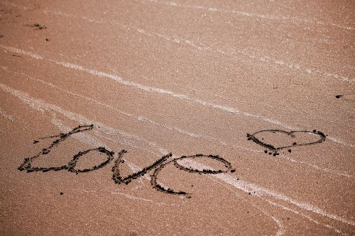 love beach romanticism