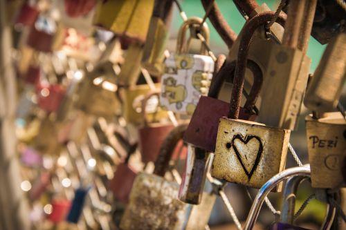 love castle heart