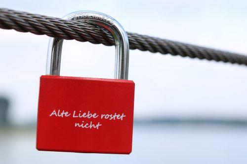love love castle love locks