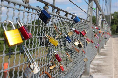 love castle bridge love locks