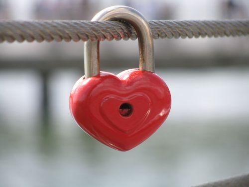love lock heart switzerland