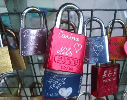 love locks engraving custom