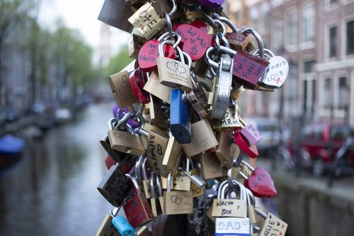 love locks  amsterdam  holland