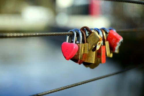 love locks  metal  love