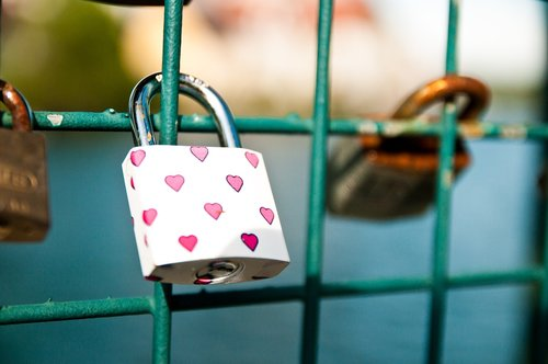 lovelock  castle  love expressions of