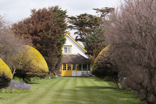 Lovely Garden & House