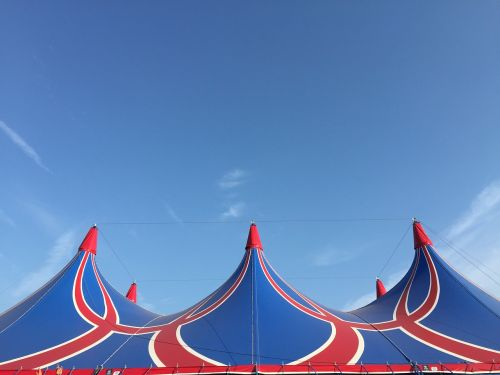 lowlands tent air