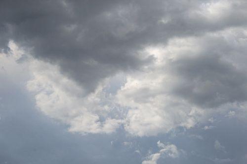 Lowslung Dark Cloud