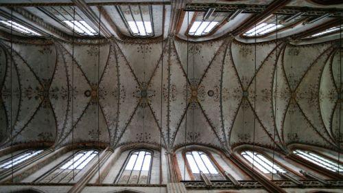 lübeck st mary's church gothic