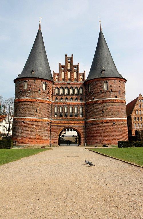 lübeck  mecklenburg  holsten gate