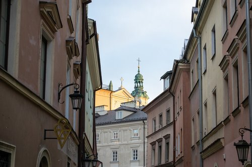lublin  old town  tower