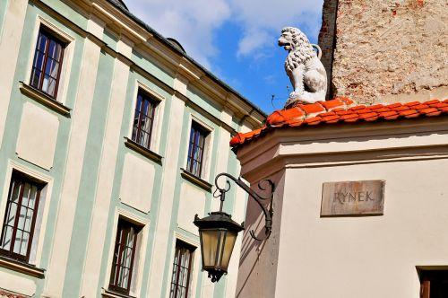 Lublin,Lenkija,liūtas,pastatas,senas,Parduotuvė,Senamiestis,kamienica,senamiestis