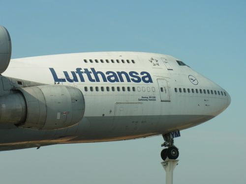 lufthansa aircraft aviation