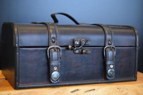 luggage leather leather suitcase
