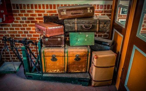 luggage  luggage scale  travel