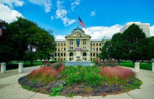 lukas county courthouse toledo