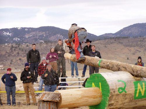 lumber jack olympics chainsaw wood