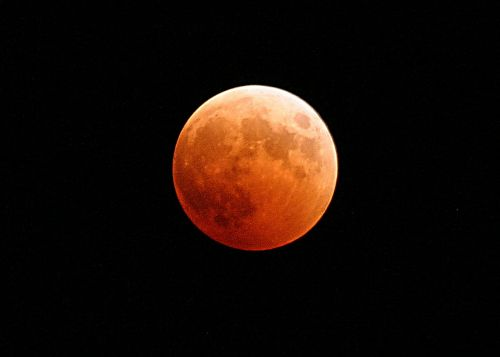 lunar eclipse moon blood