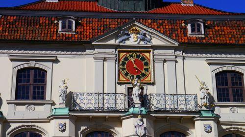 lüneburg town hall clock