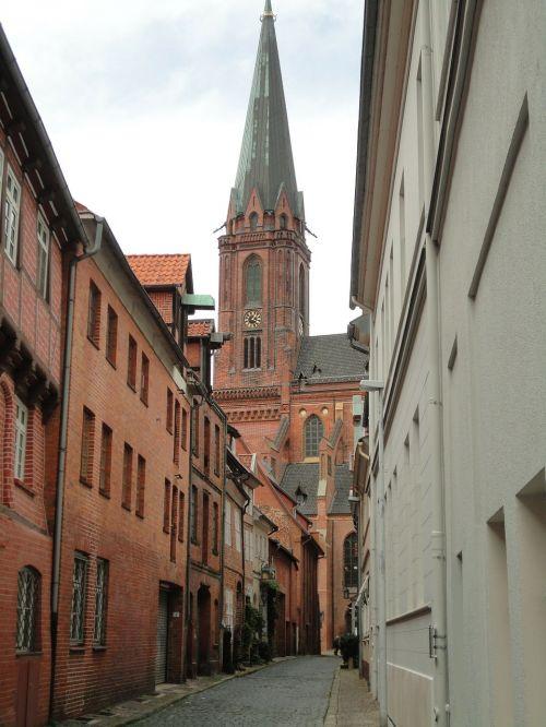 lüneburg alley old houses