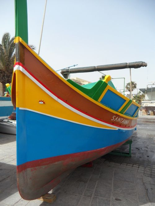 luzzu fishing boat colorful boat