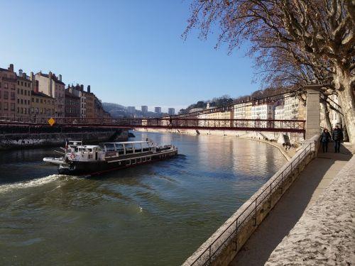 lyon france wharf saônes