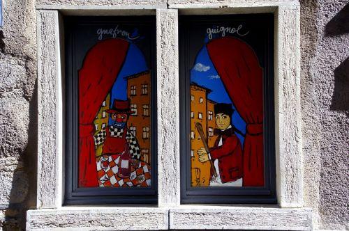 lyon guignol window