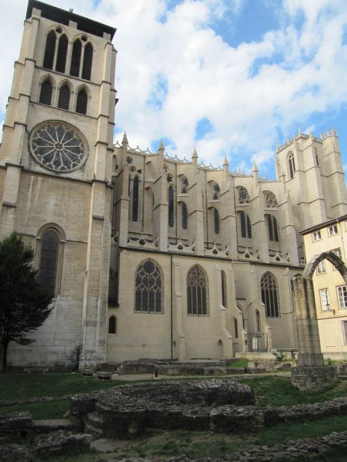 lyon cathedral historic building