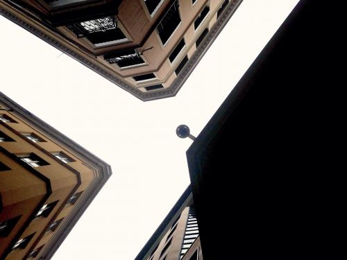 lyon architecture lookingup