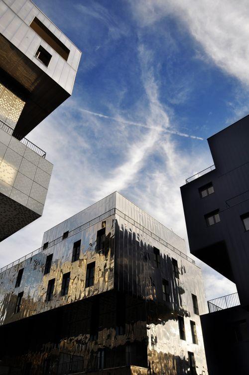 lyon confluences contemporary architecture