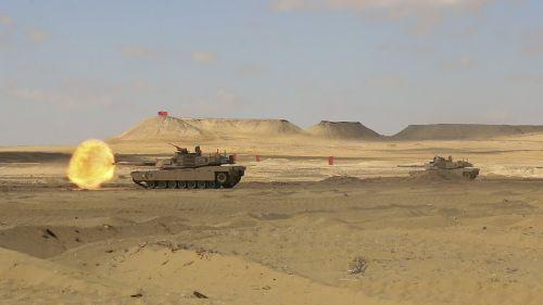 m1a2 abrams tank live-fire