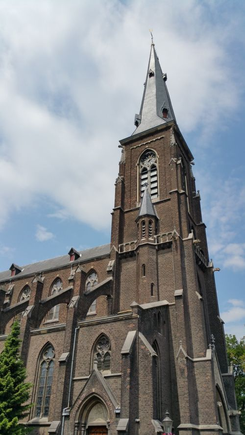 maastricht netherlands church