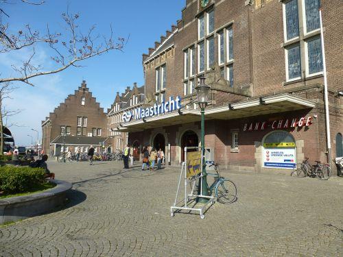 maastricht station center