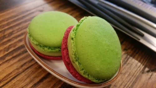 macaroon coffee collection cafe