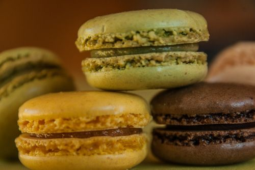 macaroons pastry cakes