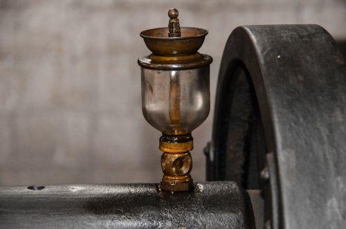 machine oil aged