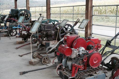 machinery display harvesting